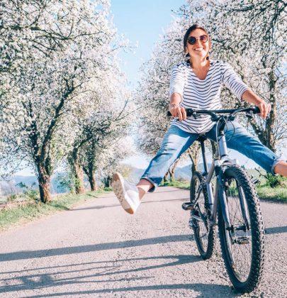 La bici ringiovanisce di almeno due anni. Rafforza il cuore, e aiuta a prendere sonno