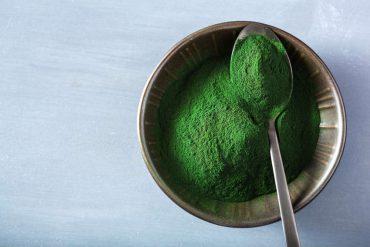 proprietà e benefici dell'alga spirulina