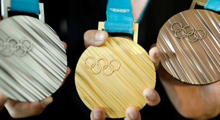medaglie fatte con rifiuti