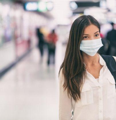 Come si usano le mascherine senza sprecarle. Mai sotto il mento o appese all'orecchio