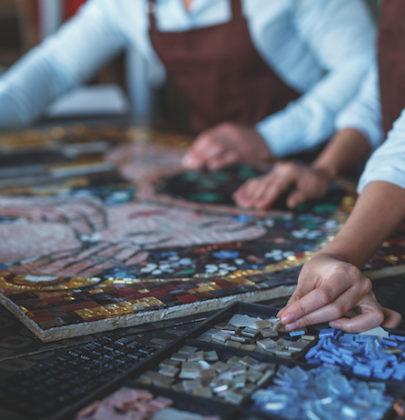 Artigiani dell'arte, li stiamo perdendo. Uno spreco di sapere e di cultura vera