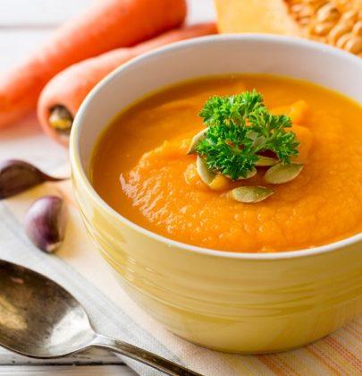 Zuppe detox: tre ricette perfette per mantenersi in forma e in salute, senza rinunciare al gusto