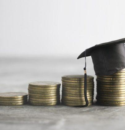 Prestito per merito, quando la banca aiuta i giovani a pagare l'università. E non chiede garanzie personali